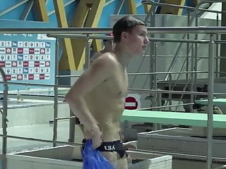 divers bulge