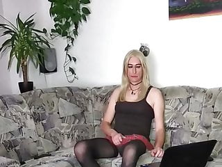 Crossdresser Tranny - Transgender live webcam - Masturbation