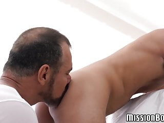 Huge cumload in young twinks tight ass from mature Mormon