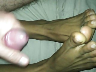 ejac on latino fem CD roleplay feet